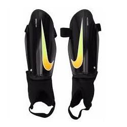 Щитки футбольные Nike CHARGE 2.0 SP2093-055