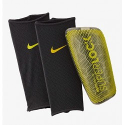 Щитки футбольные Nike Mercurial Lite Superlock SP2163-060
