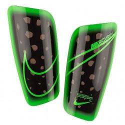 Футбольные щитки Nike Mercurial Lite SP2120-014