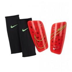 Щитки футбольные Nike MERCURIAL LITE GRD SP2120-635